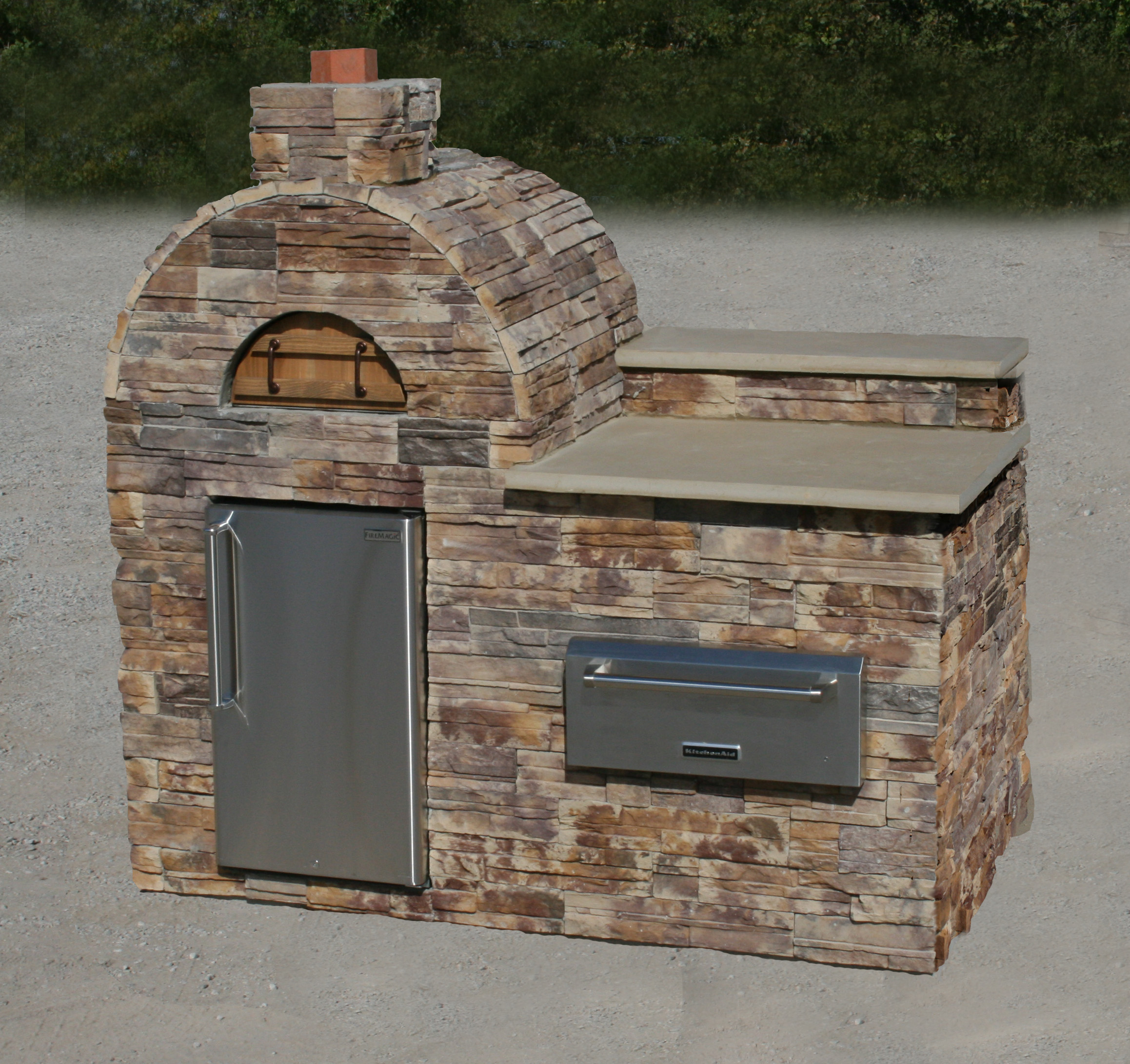 Outdoor pizza ovens on the rise patio hearth blog - Outdoor stone ovens ...