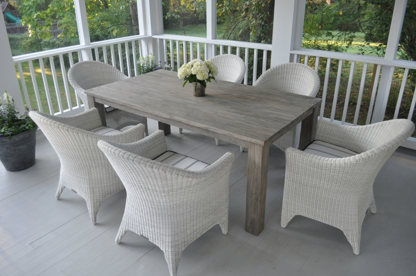 Valhalla Rectangular Dining Table from Kingsley-Bate