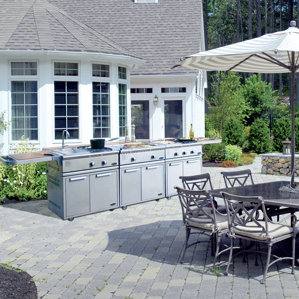 Kitchens Without Windows | Patio & Hearth Blog