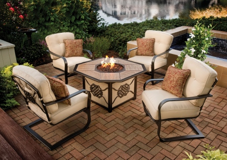 Heritage Gas Firepit Chat Group from Agio