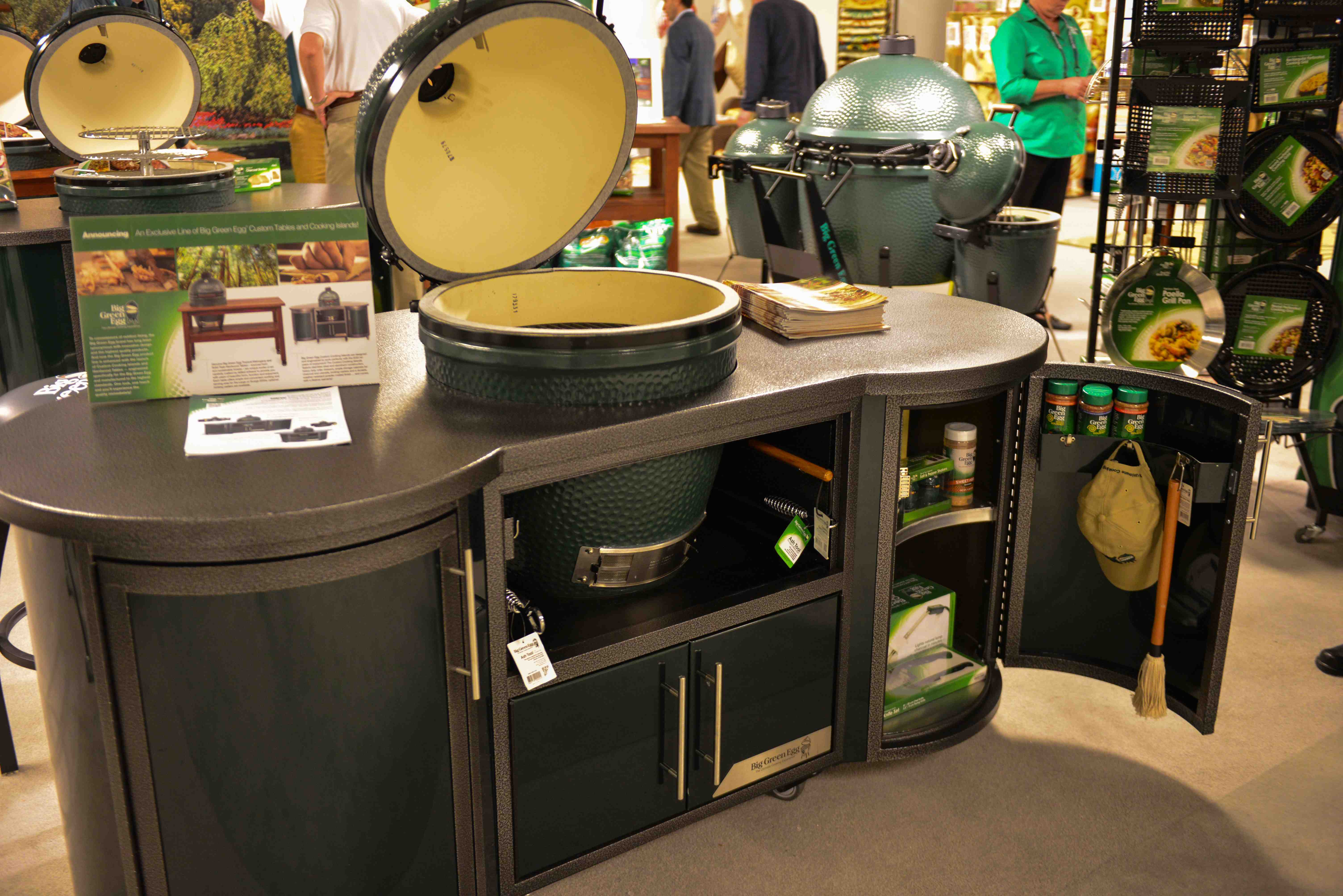 Beautiful Big Green Egg Large Table Stainless Steel Top