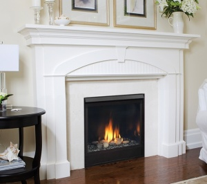 The Patriot Direct Vent Gas Fireplace has a spacious viewing area.